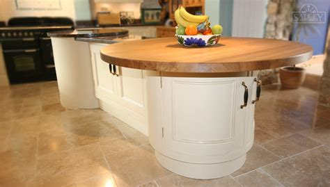 bespoke fitted kitchens free standing kitchens salcey