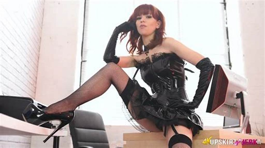 #Mistress #In #Black #Latex #Gives #Hot #Joi