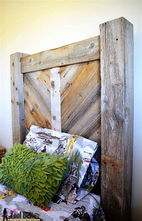 rustic wood headboard remodelaholic rustic chevron headboard building plans