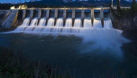 Hydro Power Solar Advantages Sciencing
