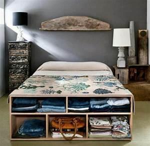 Regal über Bett : aufbewahrungsideen im schlafzimmer 35 ausgekl gelte l sungen ~ Markanthonyermac.com Haus und Dekorationen