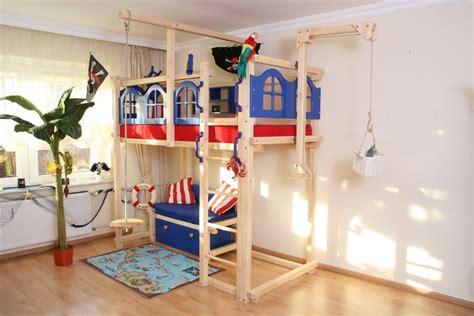 Kinderzimmer Junge Pirat by Hochbett Pirat Kinderzimmer