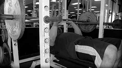 The Eight Best Musclebuilding Exercises  T Nation