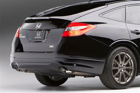 honda shows accord crosstour hfp concept  accord coupe