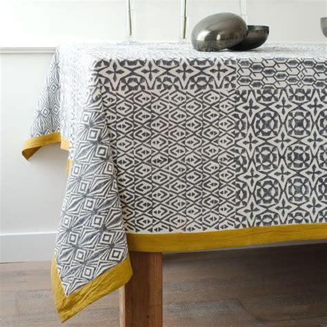 nappe en coton imprim 233 ethnique gris et jaune windy hill decoclico tissu