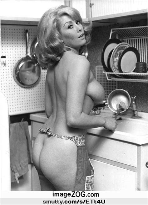 Retro Milf Sideboob Bigboobs Hangers Ass Cougar Blackandwhite Doingdishes Vintage