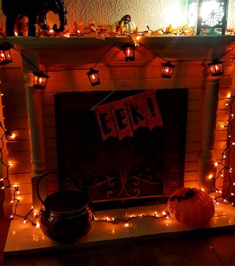 decorate  fireplace  halloween crafty morning