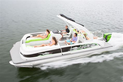 Deck Boat In Ocean by Can A Pontoon Boat Be Used In The Ocean Manitou Pontoon