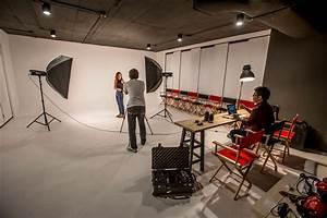 Photo Studio | Desks Near Me