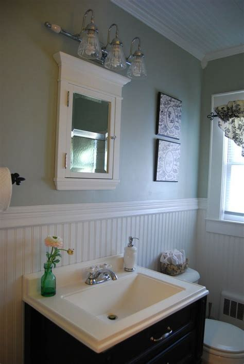 Bathroom Ceiling Color Ideas by Mid Century Beadboard Bathroom Interior Design Feats