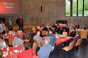 Deutsches Rotes Kreuz Hamburg : drk mitarbeiter backen f r ihre ehrenamtlichen deutsches rotes kreuz kreisverband hamburg ~ Buech-reservation.com Haus und Dekorationen