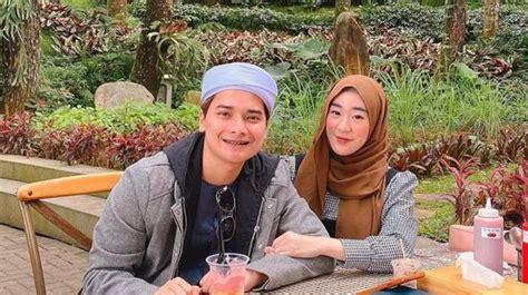 Larissa gunawan larissa chou merupakan istri dari muhammad alvin faiz yang sebelumnya memeluk agama budha kemudian menjadi pemeluk islam. Alvin Faiz dan Larissa Chou Resmi Bercerai, PA Cibinong Buka Suara