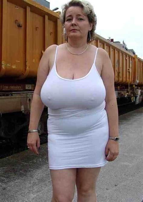 granny-big-boobs292.jpg