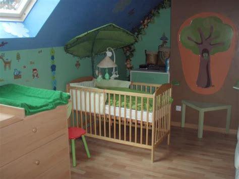 chambre foret chambre bébé décoration forêt