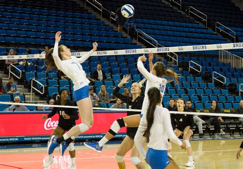 colorado whitewashes womens volleyball setting