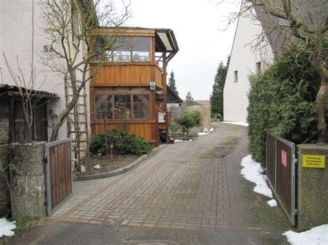 Beet Direkt An Hauswand by Image