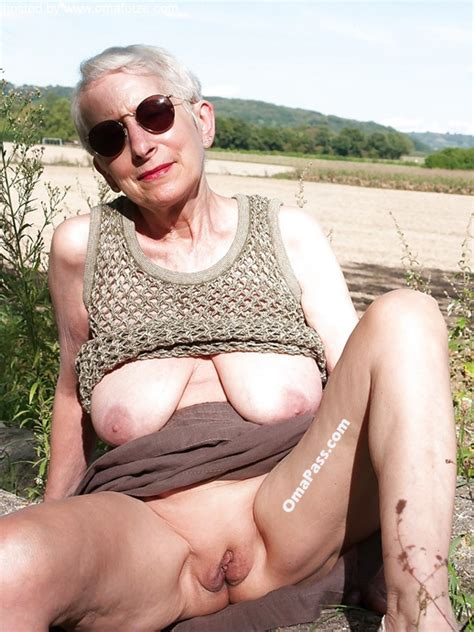 Arrow Best Granny And Mature Pics Xnxx Adult Forum