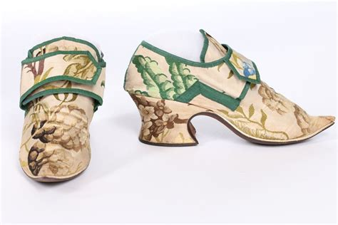 Zoomed Image | Historical shoes, Boot shoes women, Vintage ...