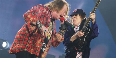 axl rose ac dc ac dc and axl rose play the first ever show at london s