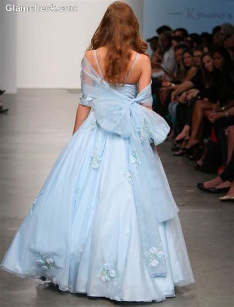 Style Pick Of The Day Fairytale Ball Gowns For S S