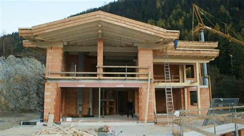 Moderne Häuser Tirol by Tiroler Holzhaus Raich Benni Au 223 Enansicht Bautips In