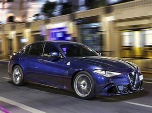 Alfa Romeo Giula : 2016 alfa romeo giulia quadrifoglio priced from 59 000 71 800 autoevolution ~ Medecine-chirurgie-esthetiques.com Avis de Voitures