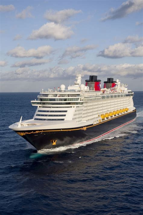 disney dream cruises  port canaveral