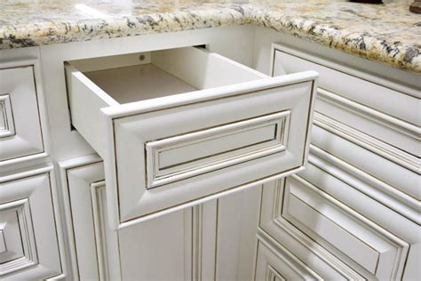 Antique White Cupboards by Antique White Kitchen Cabinets Vintage Style Rta