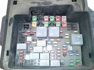 2007 Chevy Silverado 3500 Pickup Fuse Panel Block