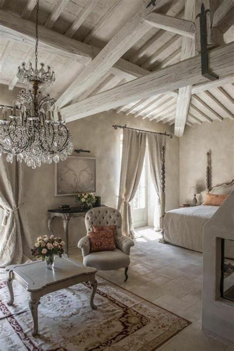 shabby chic antiques les meubles shabby chic en 40 images d int 233 rieur shabby bedrooms and interiors