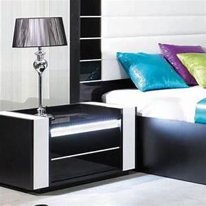 Table De Nuit Blanche : table de chevet noir et blanc ~ Teatrodelosmanantiales.com Idées de Décoration