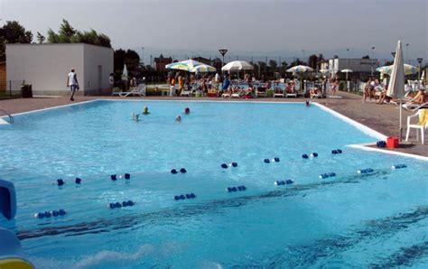 Furti alle piscine comunali di San Pietro in Gu: ladro