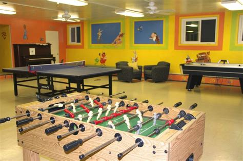 recreation room ideas  designs  relieve stress