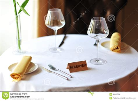 vernis table cuisine reserved sign on wooden box royalty free stock photography