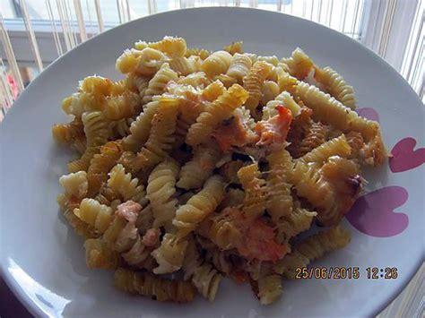 recette pates au saumon frais recette de gratin de p 226 tes au saumon frais