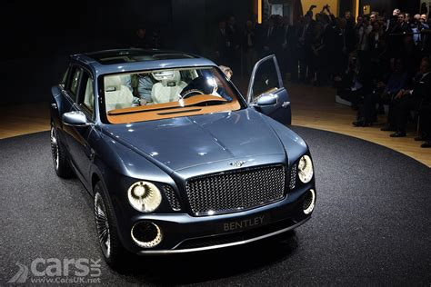 bentley geneva bentley suv at geneva 2012 photo gallery cars uk
