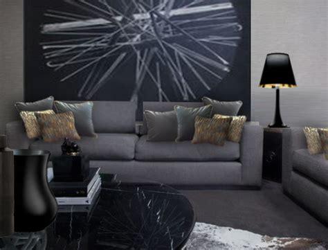 coussin de decoration pour canape personnaliser un canapé gris foncé avec des coussins