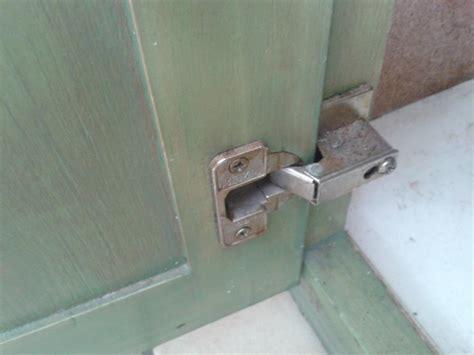 changer porte de cuisine charnière de porte de placard de cuisine