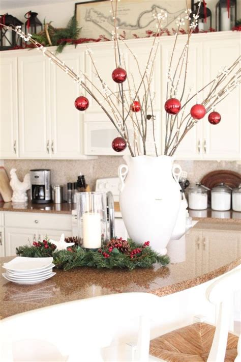 cozy christmas kitchen decor ideas digsdigs