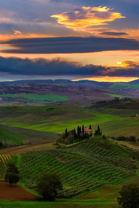 The Iconic Belvedere Val Dorcia Region Tuscany Italy