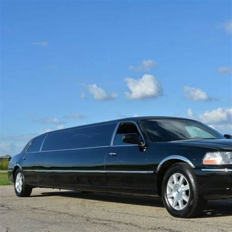 Local Limo Service by Randy S Luxury Limo S Local Service New Castle