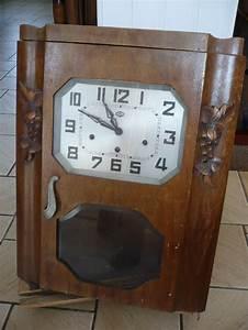 Horloge Murale Bois : horloge murale ancienne en bois ~ Teatrodelosmanantiales.com Idées de Décoration