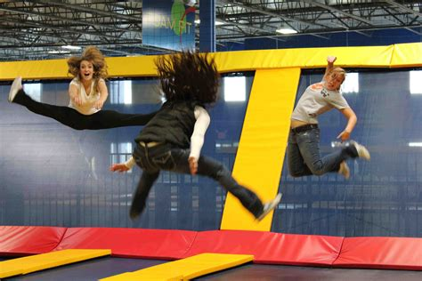 sky high sports trampoline park niles il indoor
