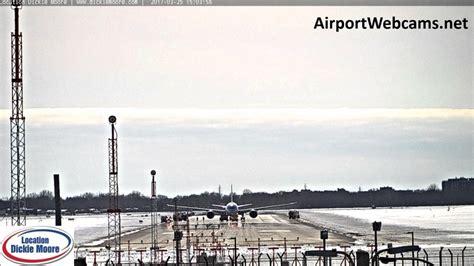 bureau air canada montreal air canada boeing 787 8 dreamliner c ghpu engine shut