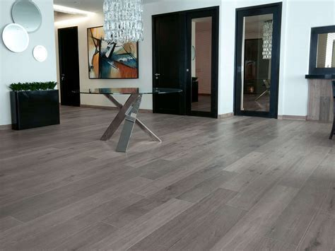 Prefinished Grey Antique Oak Flooring: wide plank 15mm