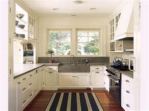 kitchen decor ideas for small kitchens bloombety efficient kitchen design ideas for small