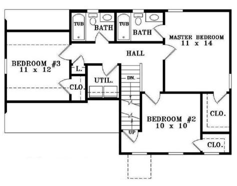 Simple House Designs Plans Placement by 653609 Simple 3 Bedroom 2 5 Bath House Plan House