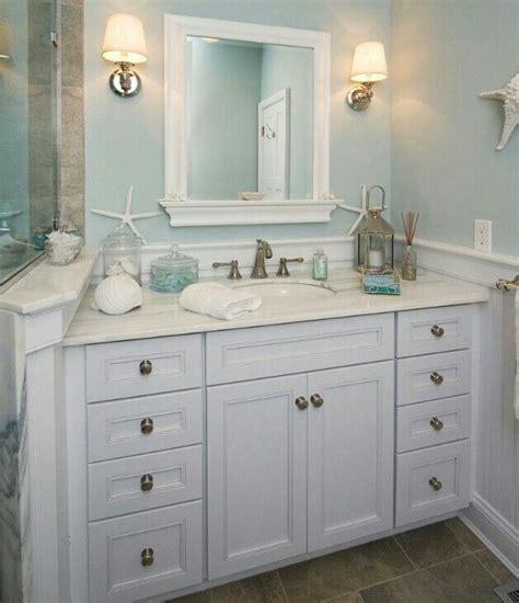 theme mirror best 20 themed bathrooms ideas on