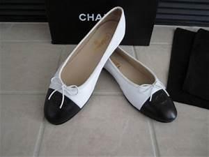 Chanel White/Black Ballerina Ballet Flats Shoes 10 40 $675 ...