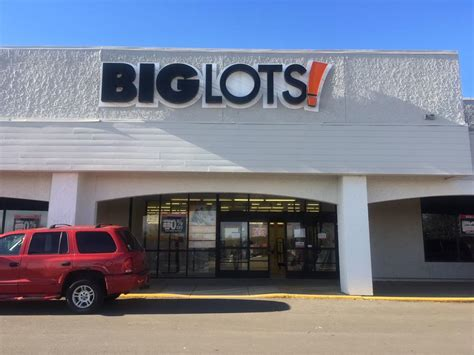 Big Lots closing and property is set for a facelift ...